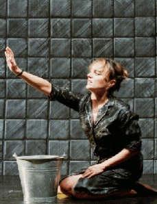 Ragazza scopata nel bagno pubblico - Sesso in bagno pubblico ...