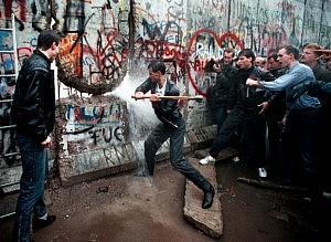Caduta del muro di Berlino, picconate